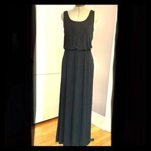 WHBM Perfect Black Maxi Dress w Pockets
